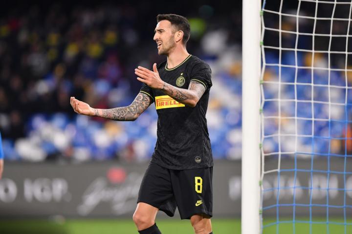 足球市场:西汉姆联可能在夏天签下贝西诺